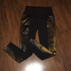 Black Legging with faux leather trim